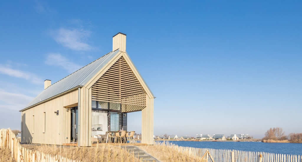 Waterrijk Oesterdam, Tholen | Beach houses The Netherlands, Tiny Houses The Netherlands